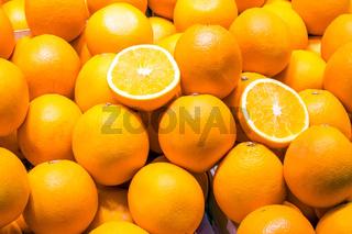 Reife Orangen zum Verkauf