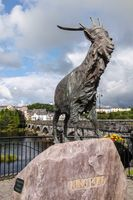 An Puc Ri, bronze statue of King Puck in Killorglin