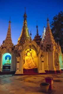 Schrein auf der Shwedagon Pagode, Yangon, Myanmar
