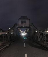 Oncoming traffic on bridge, Cologne Public reaso