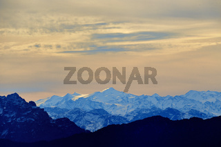 Blick vom Rauschberg auf die Alpenkette