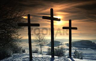 Kreuze; Sonnenaufgang; Kornbühl; Schwäbische Alb;