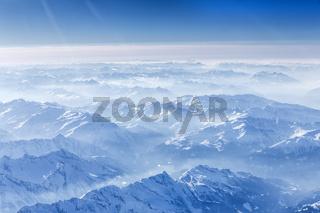 Die bayerischen Alpen aus der Luft gesehen