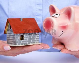 Bausparen - Haus und Sparschwein