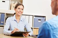 Planung bei Finanzberatung mit Checkliste