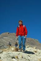 Wanderer auf Wanderung in den Bergen