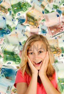 Junge Frau und eine Menge Geld