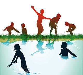 Kinder spielen und baden.jpg