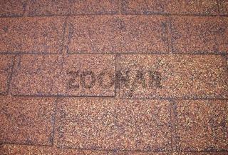 Dacheindeckung mit Bitumenschindeln