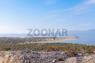 Blick auf Omisalj/Kroatien