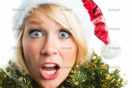scared weihnachtsfrau