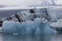 Glacial lake with icebergs, Jökulsárlón, Iceland