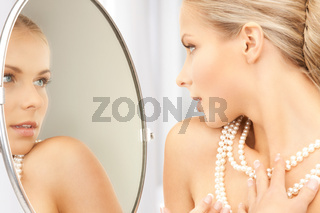 woman with pearl necklace
