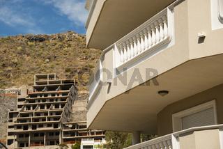 Terrassenhauskaskaden, Baustopp, Puerto de Santiago, Teneriffa, Spanien, Europa