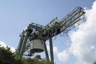 Portalkran am Dortmunder Containerhafen, Deutschland