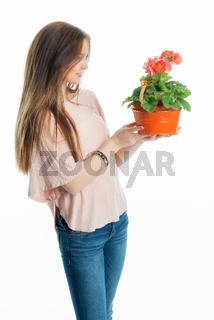 mädchen mit topfblume