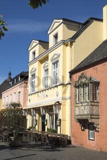 Häuser am Marktplatz von Xanten, Deutschland