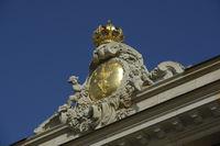 Preußischer Adler mit Krone auf dem Dank des wiedererbauten Stadtschloß in Potsdam, Sitz der Landesregierung von Brandenburg, Deutschland