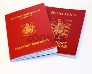 Der neuen und alten rumänischen Reisepass