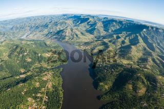 Air Dam Waters Rural Hills