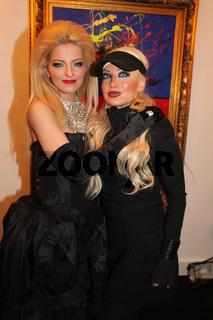 Starvisagistin Inez Kerber und Xenia Prinzessin von Sachsen am 4.2.14 in Berlin