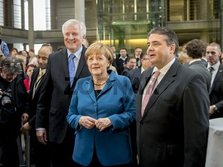 CDU, CSU and SPD signing the coalition agreement in Berlin.