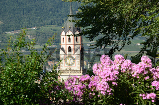 Pfarrkirche Sankt Nikolaus in Meran in Suedtirol