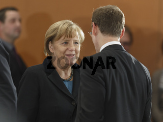 Merkel meets the Chefs of the German States in Berlin.