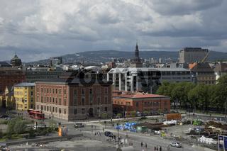 Oper Oslo mit Blick auf die Innenstadt