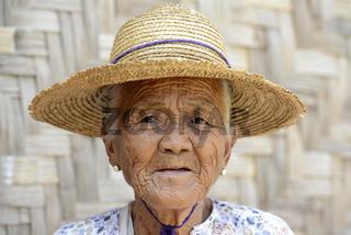 ASIA MYANMAR NYAUNGSHWE WOMEN