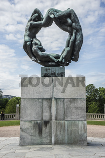 Skulptur Rad des Lebens im Vigelandpark in Oslo