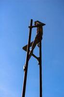 sculpture on stilts
