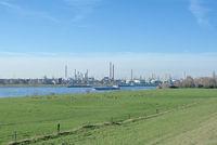 D--Niederrhein--Industrieanlage bei Köln-Worringen.jpg