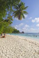 Traumstrand Anse Kerlan , Insel La Digue, Seychellen