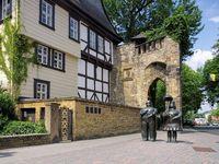 Goslar Statuen Rosentor - Goslar Statue 01