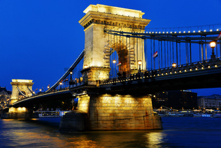 Chain Bridge on Danube in Budapest by night