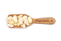 Blanchierte Mandeln - Blanched almonds on shovel