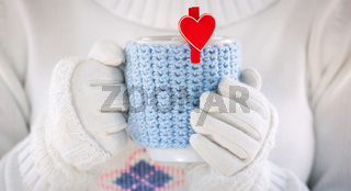 Knitted wool cup