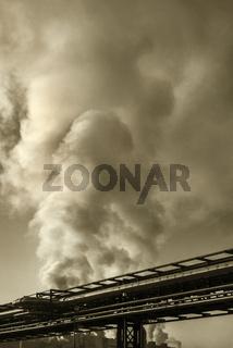 Rauch aus der Papierfabrik