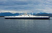 Mit Flüssigerdgas (LNG) betriebenes Personen- und Fahrzeugfähre Moldefjord bei Molde