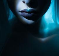 dark mesmerising lips