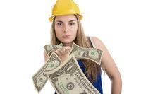 Bauarbeiterin_Geld.jpg
