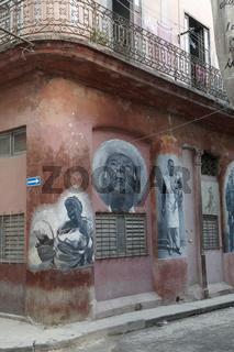 Fassadenmalerei in Havanna