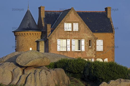House at the Cote de Granit Rose, Granit de Rose,