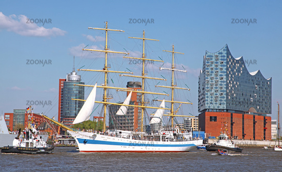 MIR at the 827th Birthday of the Port of Hamburg 2016, Germany