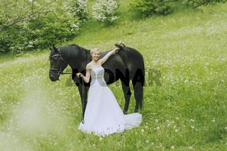Garden Wedding with horse