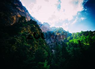Horizontal mountains ray light landscape