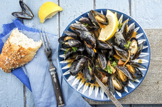 Sailors Mussel with Baguette