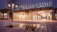 Eingang zum Museum Ludwig, Köln, Nordrhein-Westfalen, Deutschland, Europa