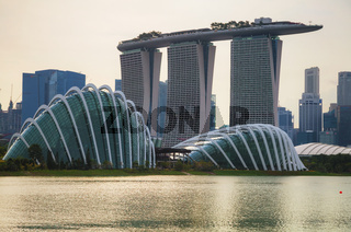 Overview of the marina bay with Marina Bay Sands